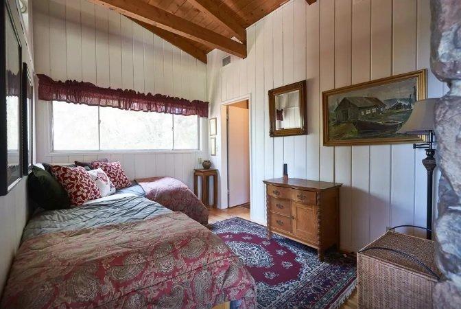 two twin beds in loft.