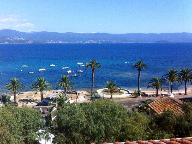 Studette face à la mer, vacation rental in Ajaccio