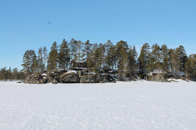 The White Blue Wilderness Lodge - Cottage LUMI, holiday rental in Veskoniemi