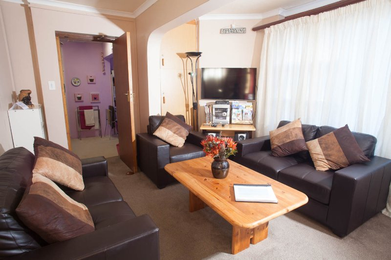Camps Bay Accommodation, Camps Bay free WIFI,Camps Bay, Cape Town, vacation rental in Camps Bay