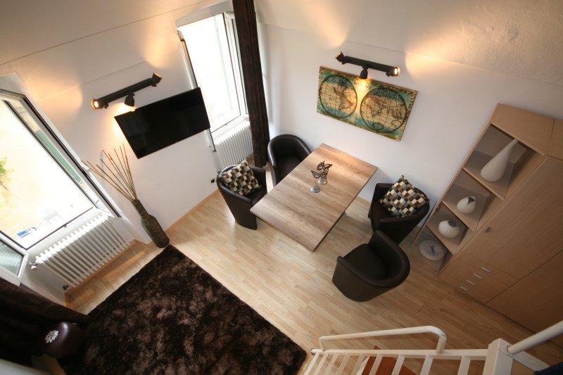 Luxury Studio with WiFi in Bordighera Old Town, holiday rental in Bordighera
