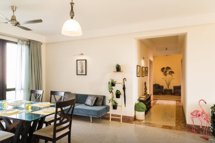 Luxurious Golfcourse Apartment In Ncr