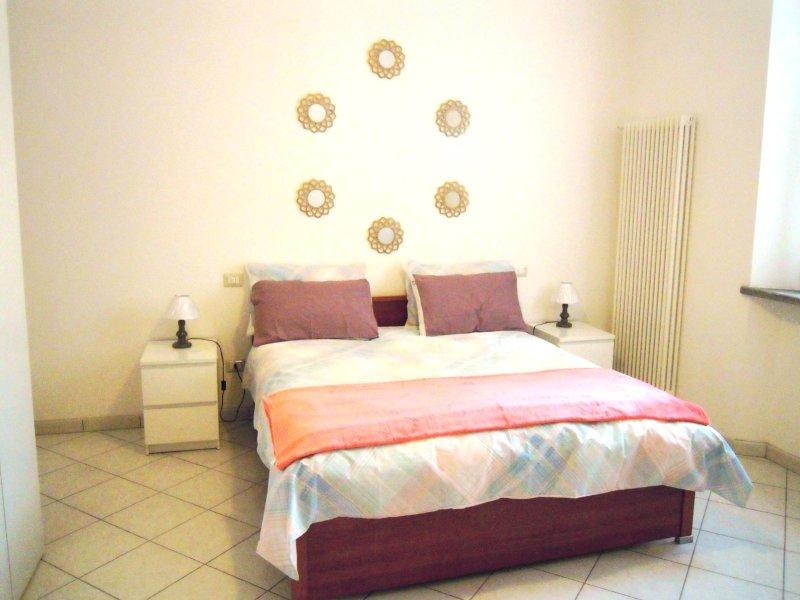 Marrucci House II, vicin. mare, 2 locali, 4 person, aluguéis de temporada em Cecina