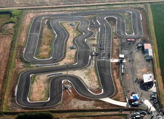 pista di go-kart, con limitrofa aviosuperficie (a 3 km dall'appartamento)