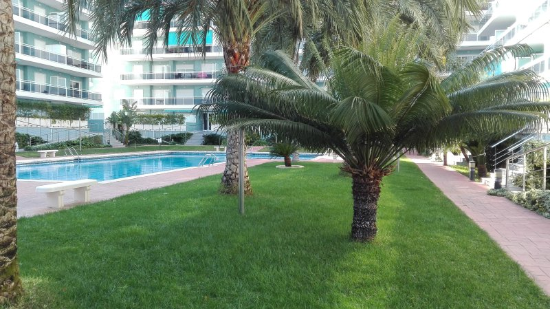 Apartamento Gandia Playa 4/6 huesp. Piscina y Park, aluguéis de temporada em Marxuquera