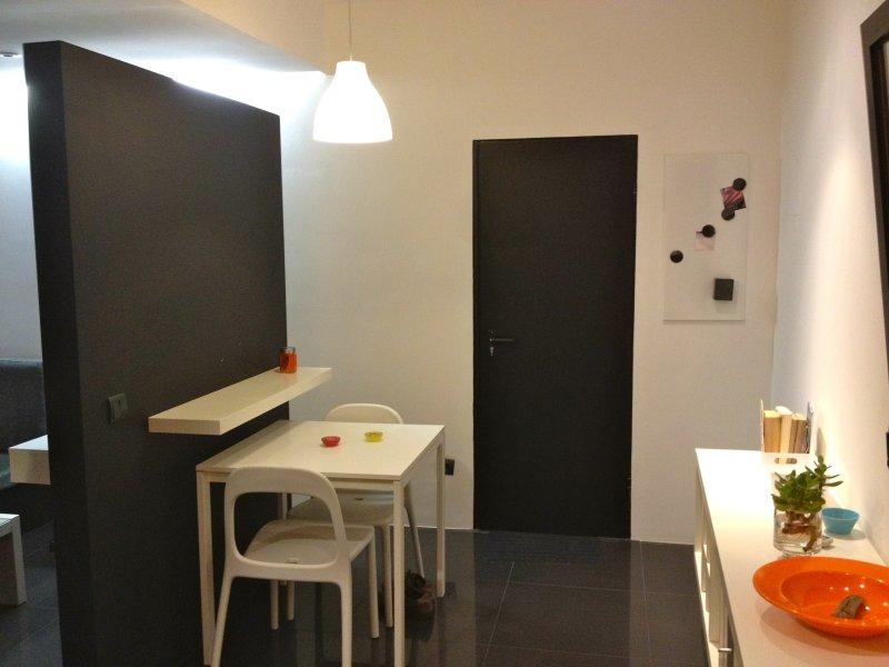 Charming Seaside Studios - Studio Yellow, vacation rental in Porto da Cruz