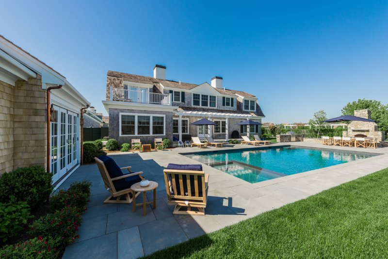 Spectacular Family Compound - Field Club Edgartown
