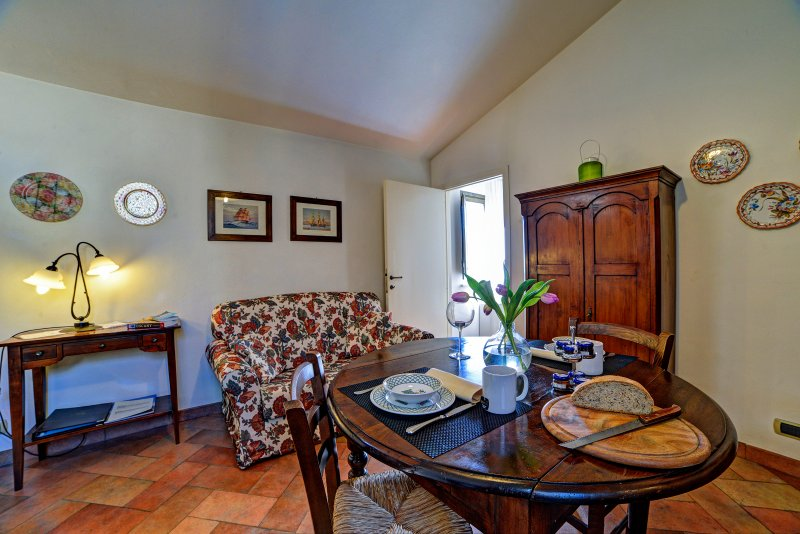 Charming apartment ideal for couple, holiday rental in Moltacino