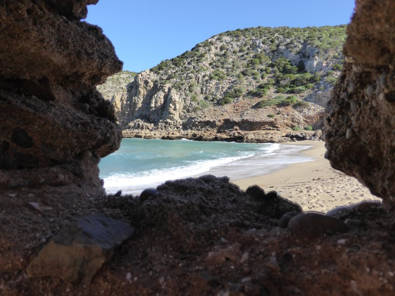 You will find many small coves in Nebida.