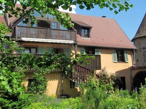 2 Plein Sud, au pied des Vosges et du vignoble, calme, confortable, WiFi gratuit, vacation rental in Houssen