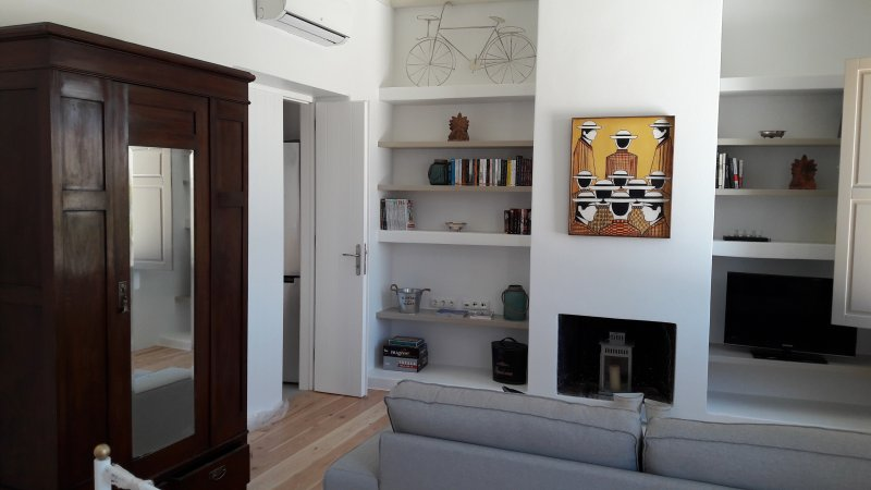 Villa Vorino - Family house in a quiet area, holiday rental in Yialos