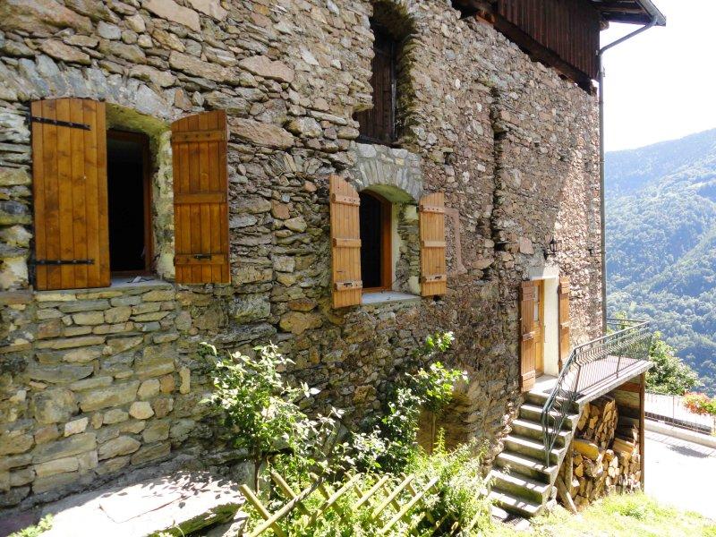 Appartement dans Chalet - Églantine, holiday rental in Salins-Fontaine