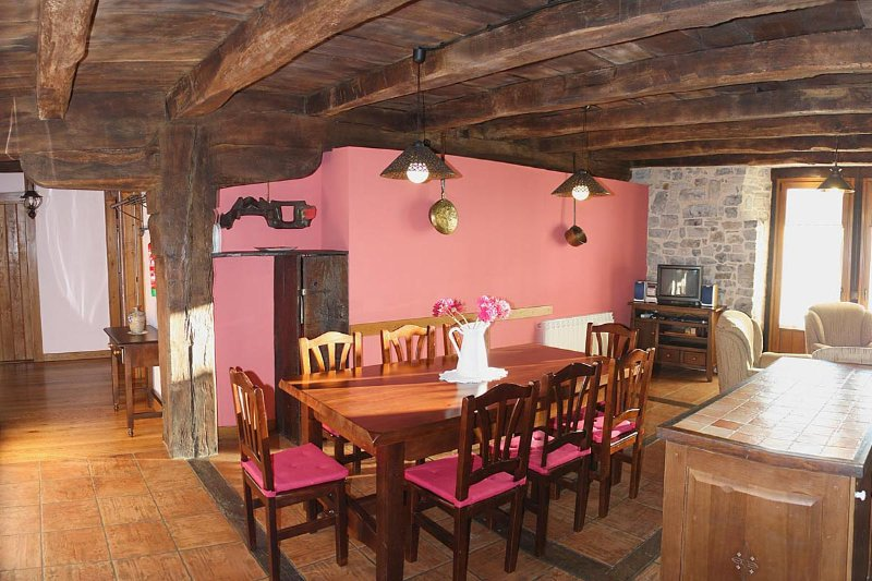 Casa Rural Juansarenea I, holiday rental in Arbizu