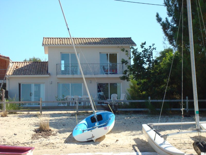 Maubuisson les pieds dans l'eau, holiday rental in Gironde