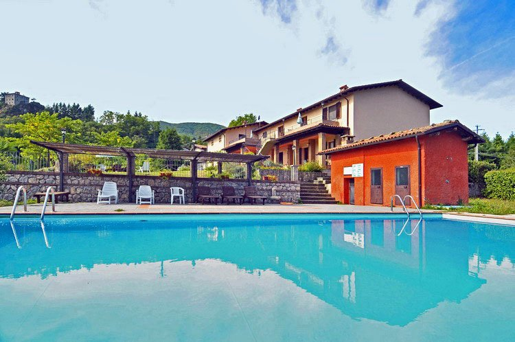 AGRITURISMO 'POLLA' 1 appartamento (GIGLIO), holiday rental in Rifugio Orecchielle