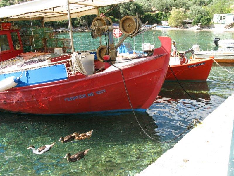 The little port of Steni Wala