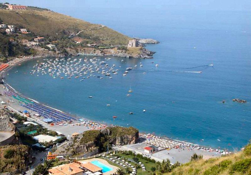 Villetta, La bouganville, mare cristallino,piscina, vacation rental in San Nicola Arcella