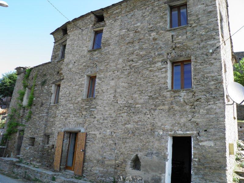 maison authentique, mer et montagne, vue, holiday rental in Pietra-di-Verde