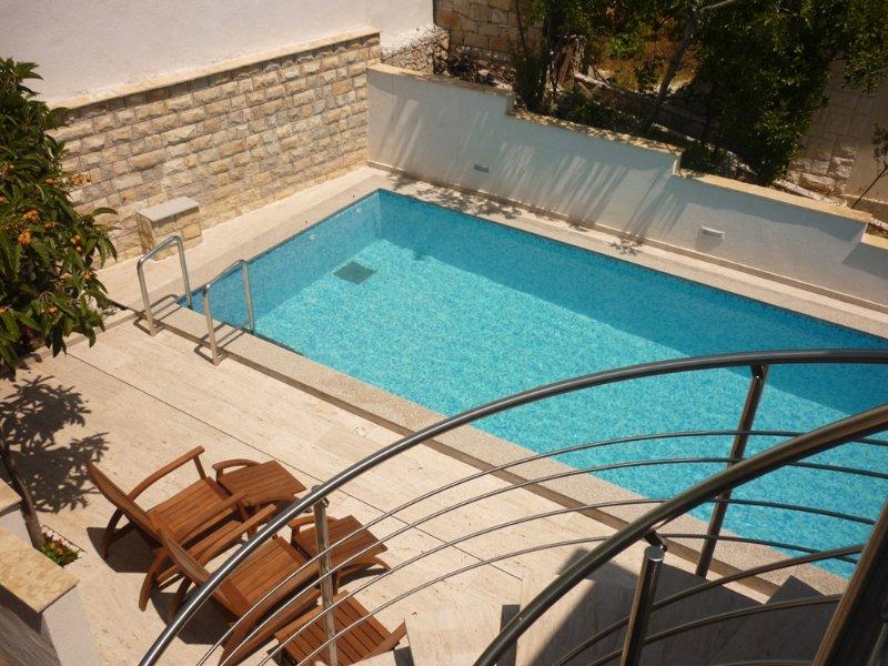 Villa Inge-App 2 with 2 bedrooms, vacation rental in Donji Seget