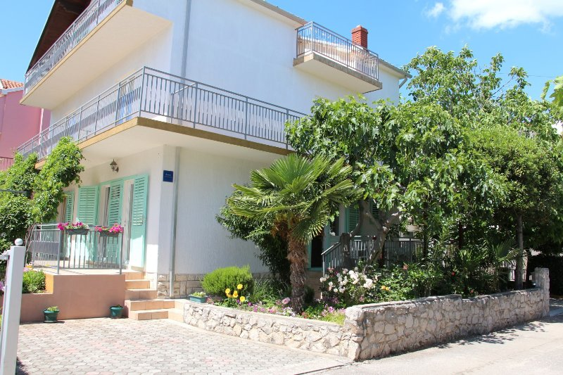 Radin A1(4) - Vodice, vacation rental in Vodice