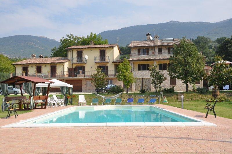 propriedade com vista para a piscina