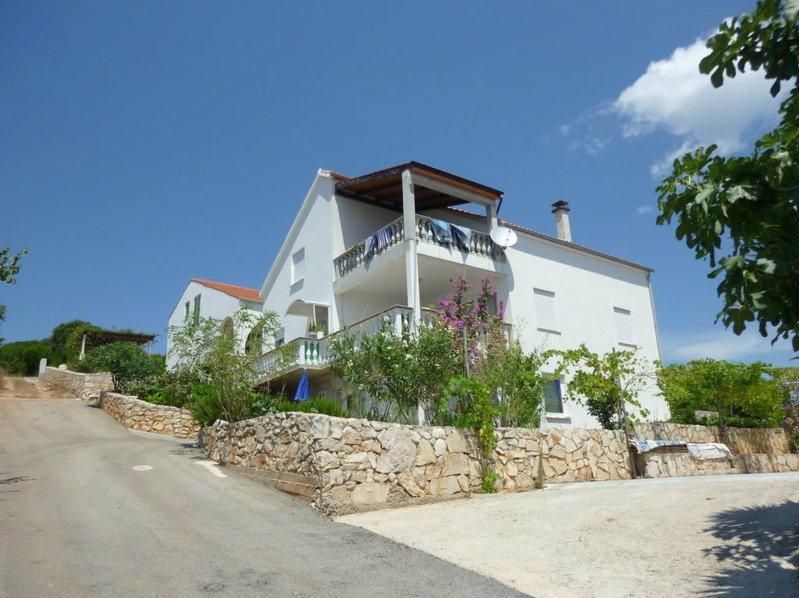 Wohnung 4, holiday rental in Zavalatica