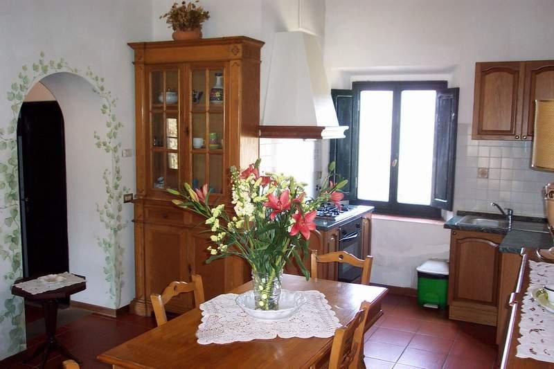 Appartamento Jacopo - primo piano, ottima vista su vigneti e colline del Chianti, casa vacanza a Casole