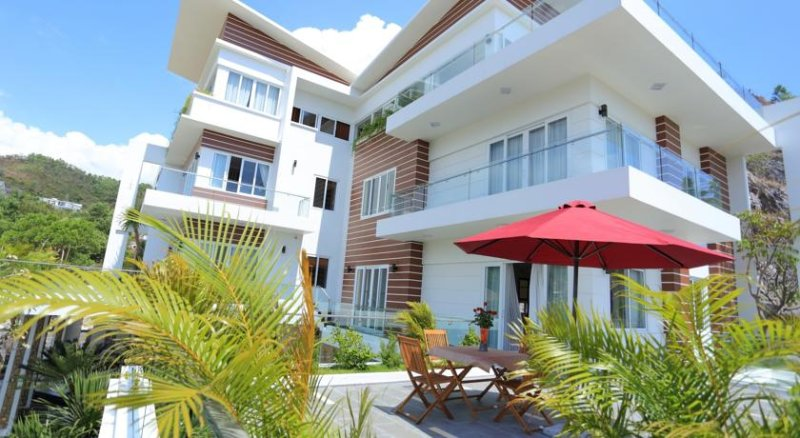 Nice condovilla with pool, holiday rental in Nha Trang
