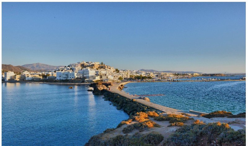 Beautiful Naxos welcomes you