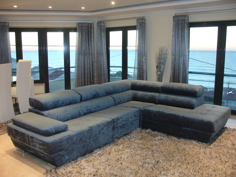 Stunning apartment with seaview and pool, location de vacances à Ericeira