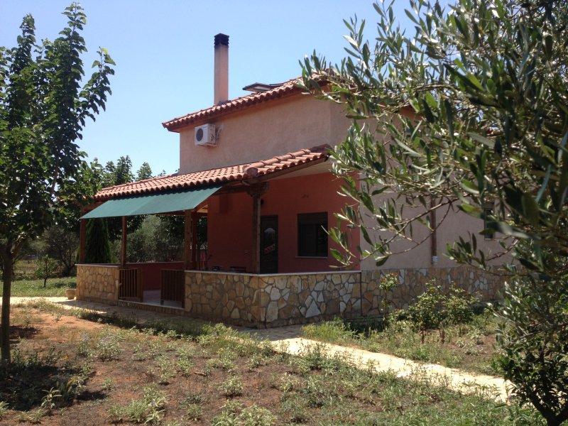 Lovely Country House near Nafplio, aluguéis de temporada em Mycenae