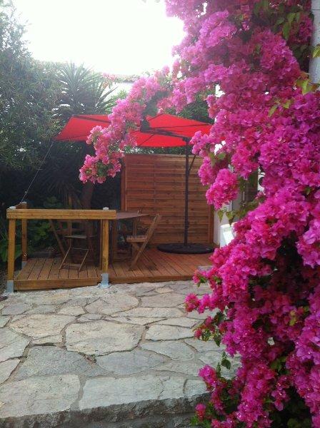 Studio duplex à Golfe Juan proche des plages, vacation rental in Golfe-Juan Vallauris