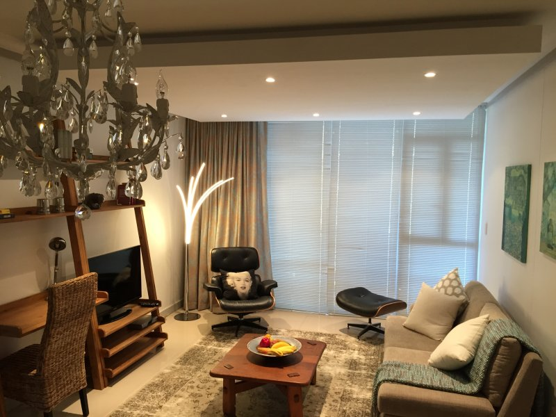 The Quadrant Apartments, holiday rental in Lansdowne