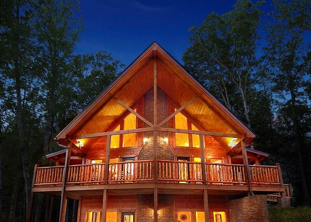 Luxury 4 Bedroom Gatlinburg Cabin With Private Home Theater