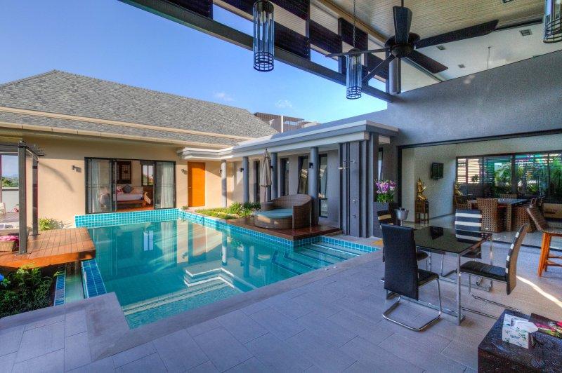 Villa privée Ibiscus, 2 chambres, piscine, Phuket, casa vacanza a Ko He
