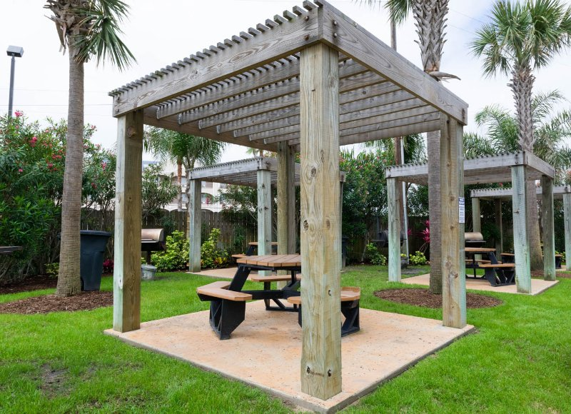 Big Bar-b-que Pit for guests!