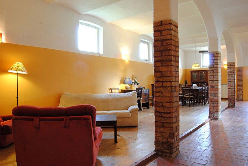 Casale Anemone, Agriturismo Poggiolo, vacation rental in Agello