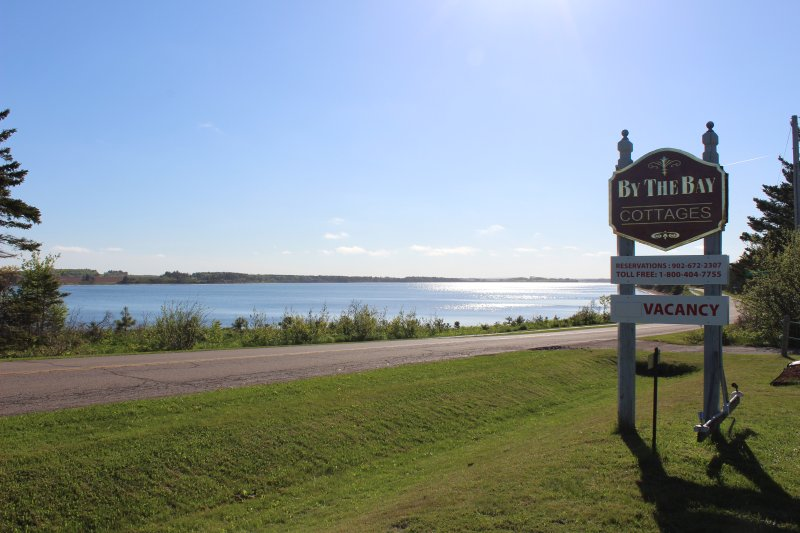 By The Bay Cottages, holiday rental in Brackley Beach