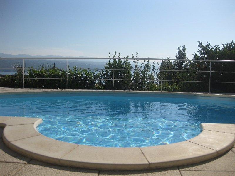DeLuxe Pool Apartment Opatija, vacation rental in Opatija