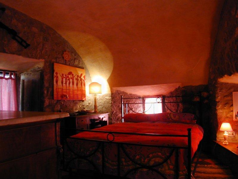 REGALATI UNA TORRE TUTTA TUA!, vacation rental in San Martino al Cimino