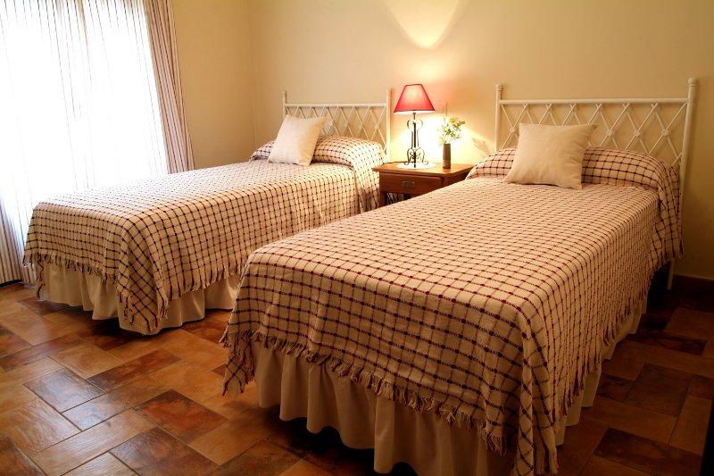 CASA RURAL ALCANCIA, location de vacances à Urda
