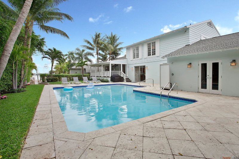 Luxury Mini Resort in West Palm Beach, vacation rental in West Palm Beach