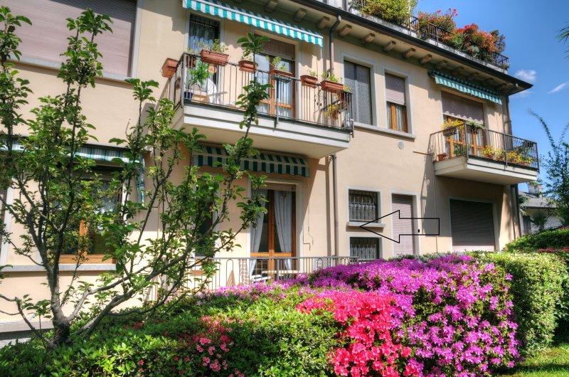 Apartment Belvedere A- Lake view, alquiler de vacaciones en Stresa