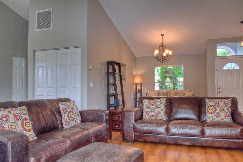 Couch, Möbel, Innenaufnahme, Zimmer, Wohnzimmer