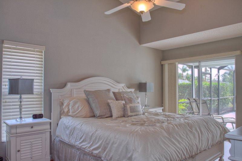 Schlafzimmer, Innenaufnahme, Zimmer, Bett, Möbel