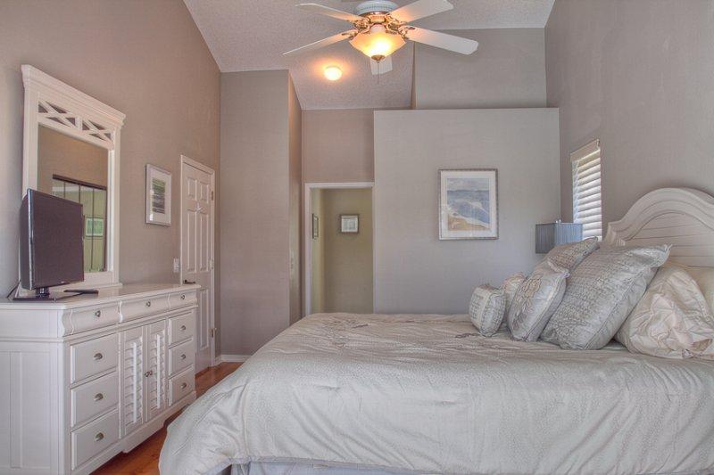 Schlafzimmer, Innenaufnahme, Zimmer, Möbel, Bett