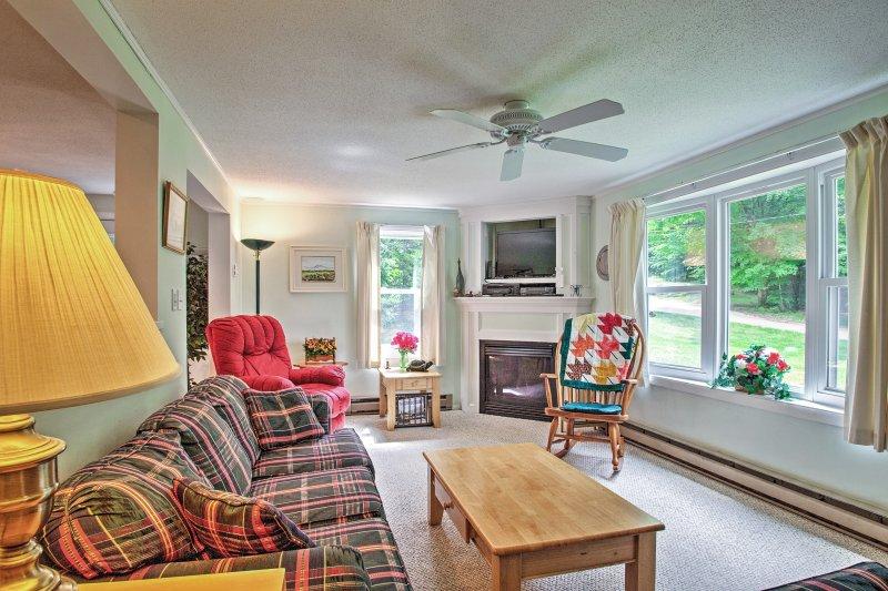 Cette maison de North Conway dispose de 3 chambres, 2 salles de bains et une chambre pour 6 personnes.
