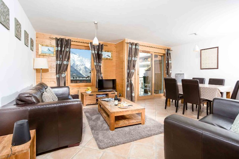Stay at Les Sonnailles apartment with 'Very Good' Property Manager 4.5/5, holiday rental in Chamonix