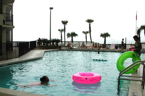 Sunbird's main pool between the West tower and East tower.