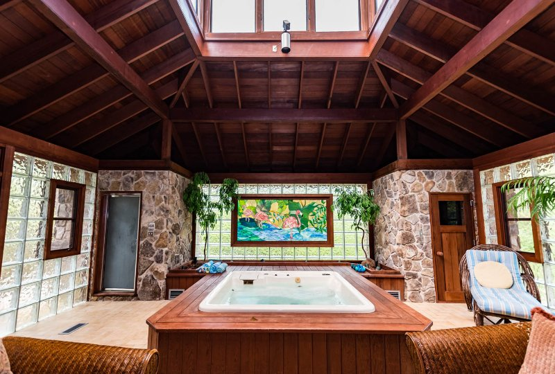 UNIQUE PRIVATE CITY RETREAT WITH EXOTIC SPA Has Secure Parking And - Pool table rental atlanta